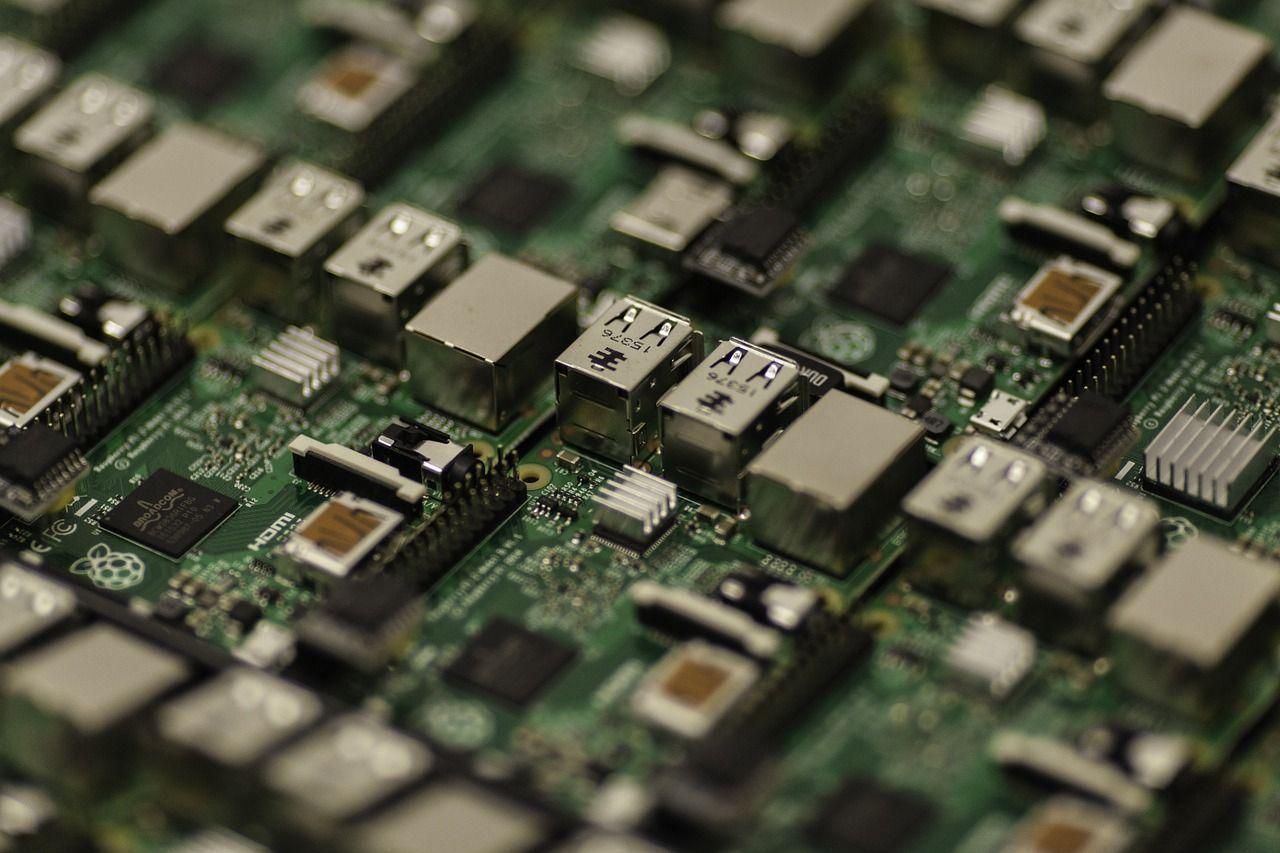 Cum descărcăm toate driverele de care avem nevoie pentru componentele hardware și alte dispozitive conectate la PC