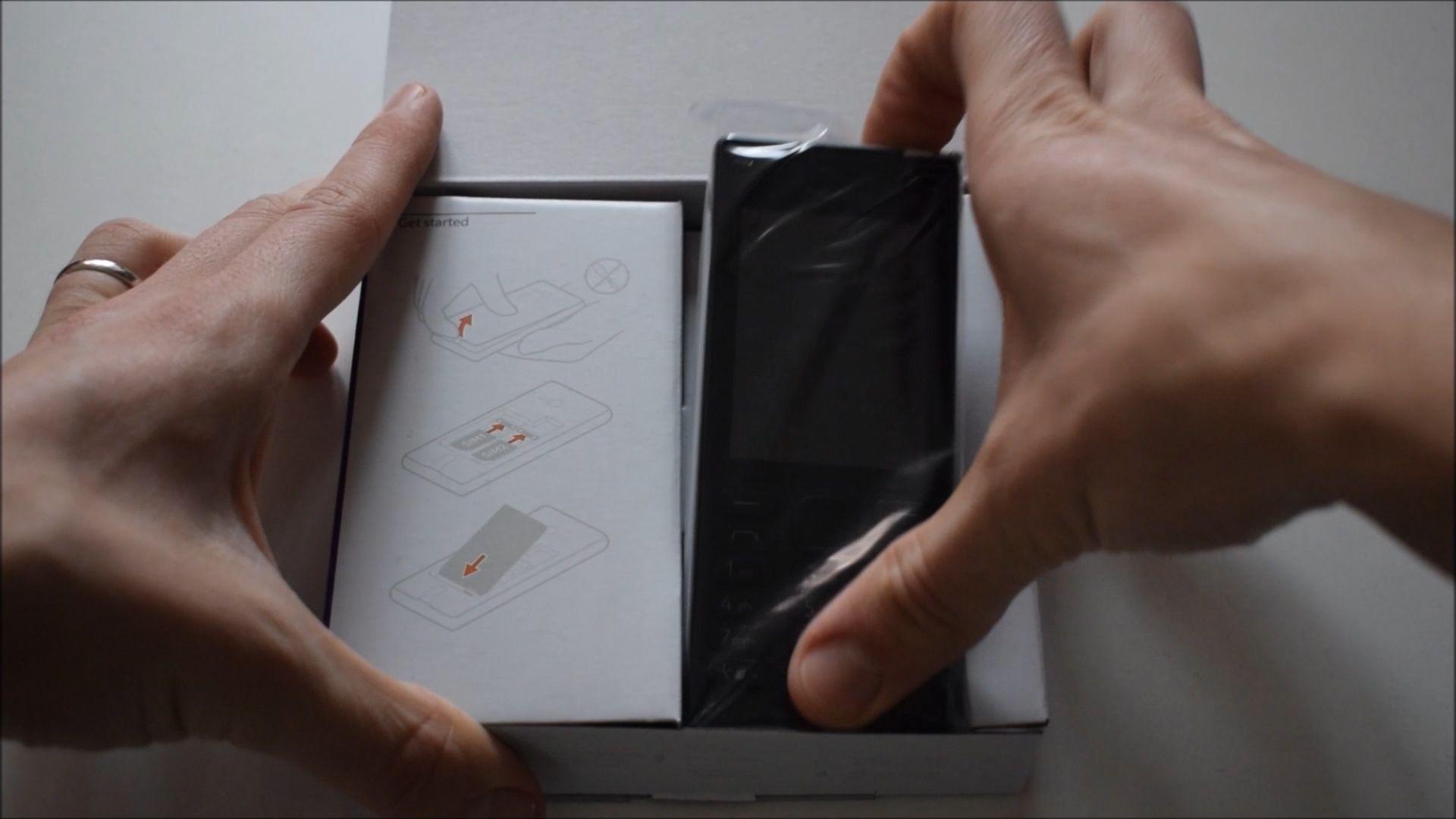 Unboxing Telefon Nokia 150