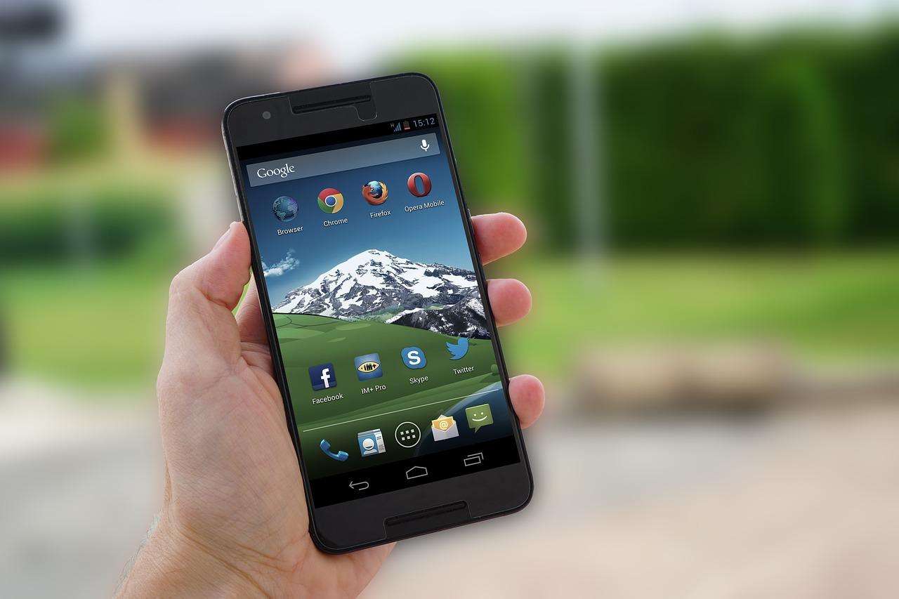 Cum faci o comandă rapidă pentru un site pe ecranul telefonului tău Android?